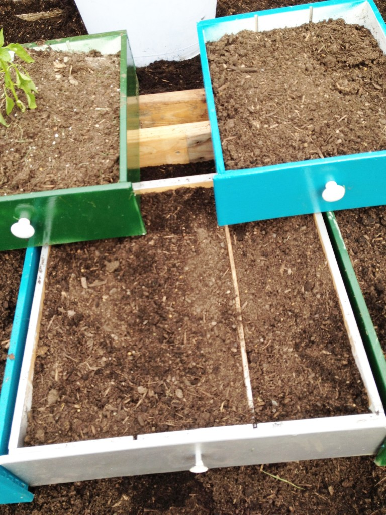 How to make a raised vegetable garden of repurposed drawers. Recycle or reuse household items to make a unique backyard. | bexbernard.com