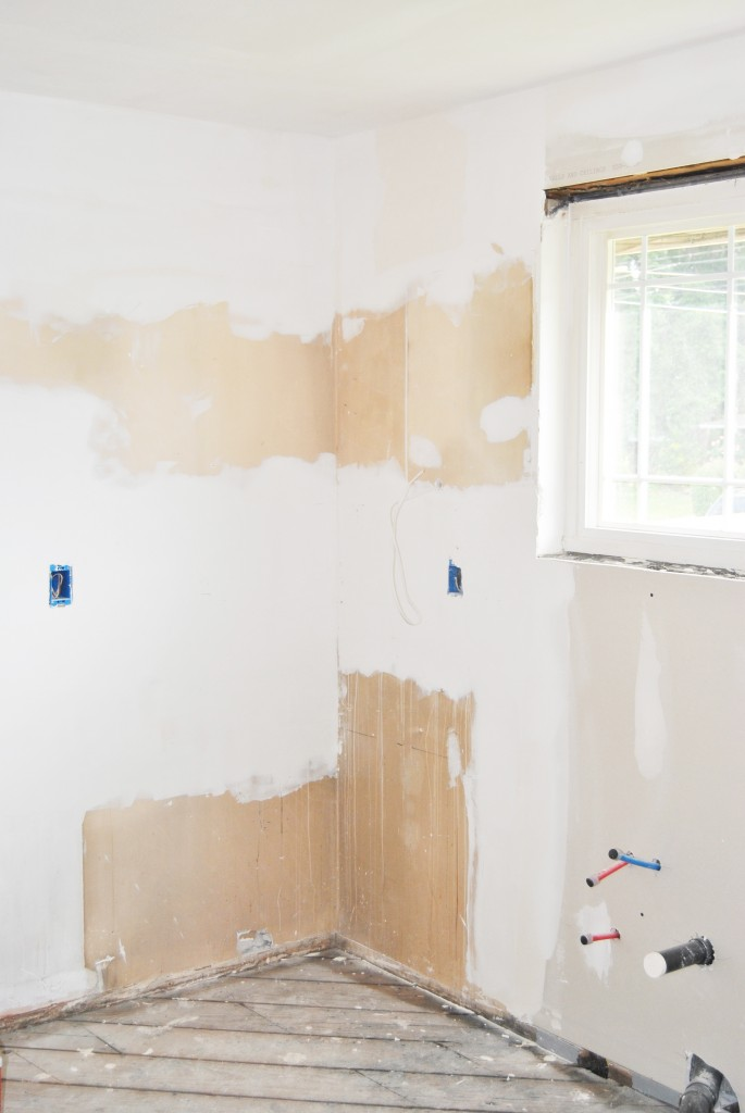 kitchen remodel, demo, drywall ready to be painted | bexbernard.com