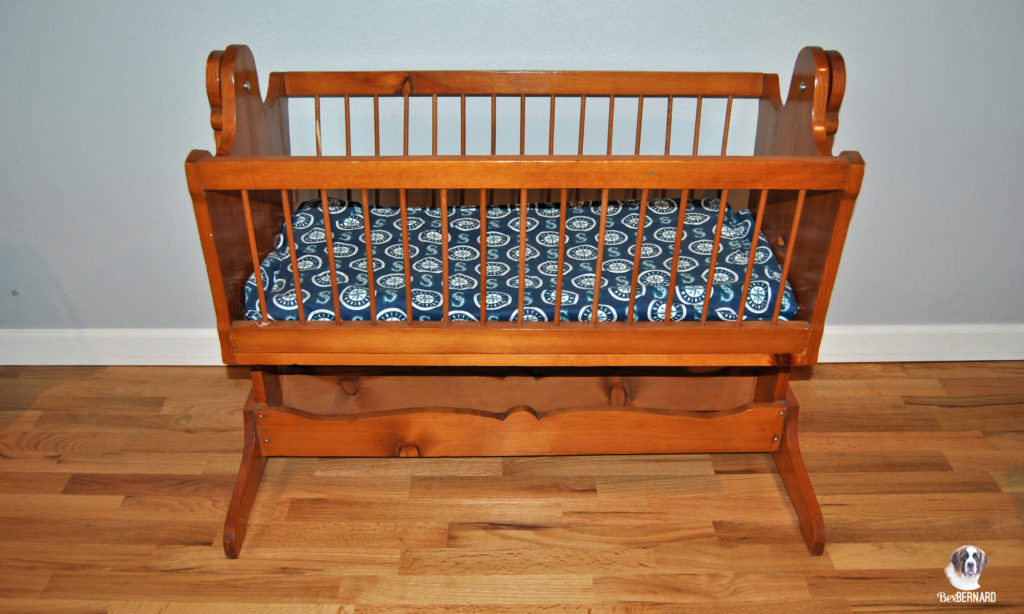 Cradle with Seattle Mariners blanket. Homemade baby shower decorations | bexbernard.com