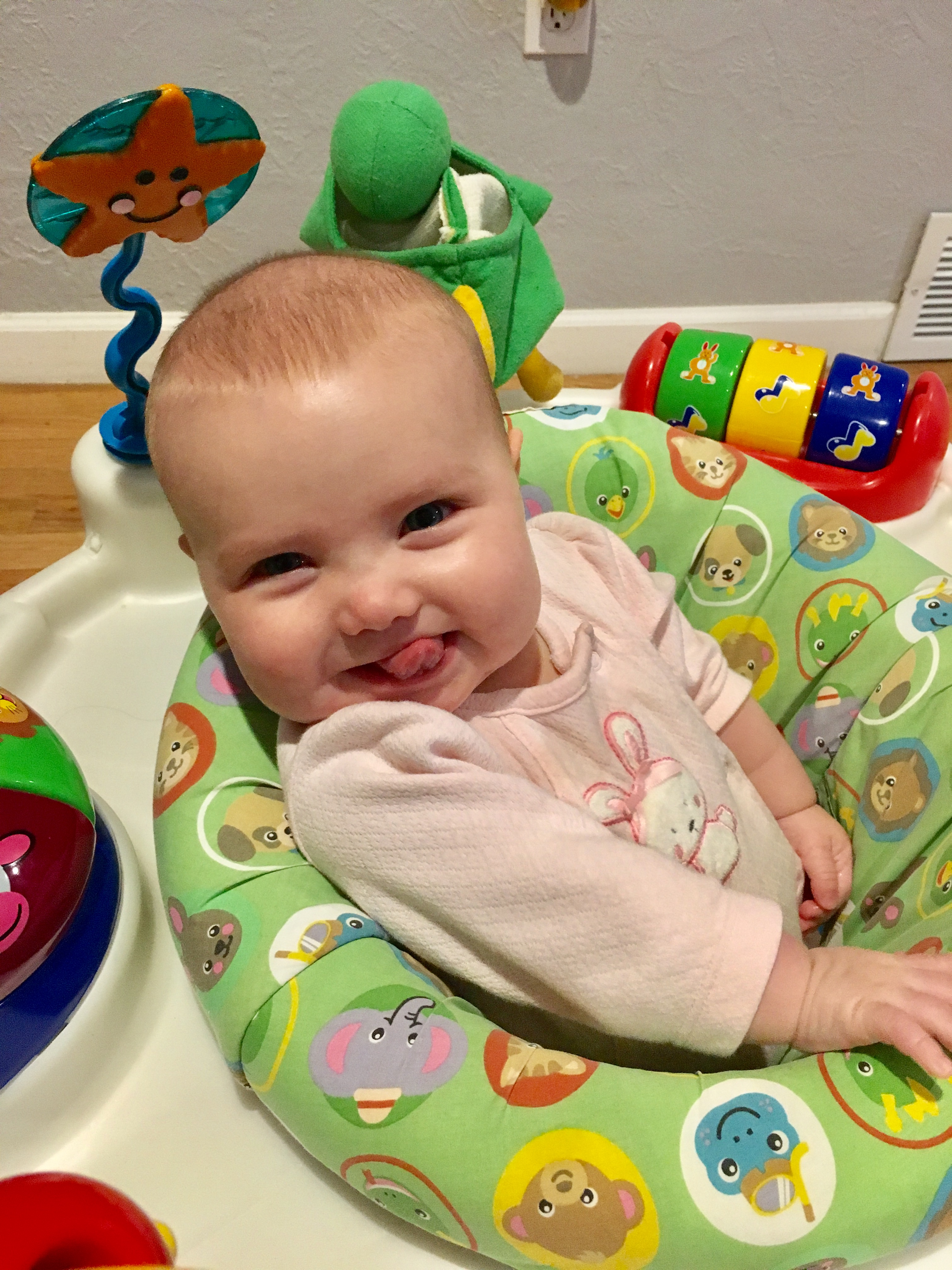 BexBernard, petite fille de 5 mois